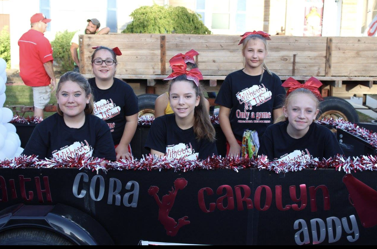 JH Cheerleaders - Homecoming Parade