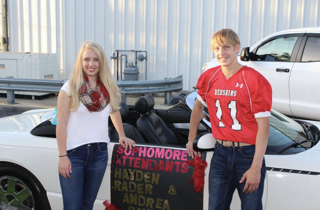 Sophomore Attendants - Homecoming Parade
