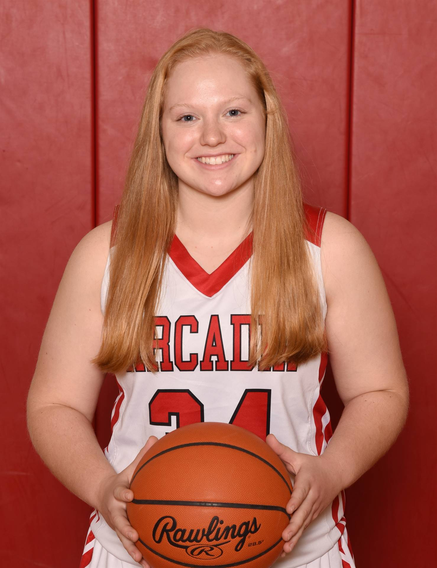 Senior Head Shot Photo - Emily Peters - Basketball