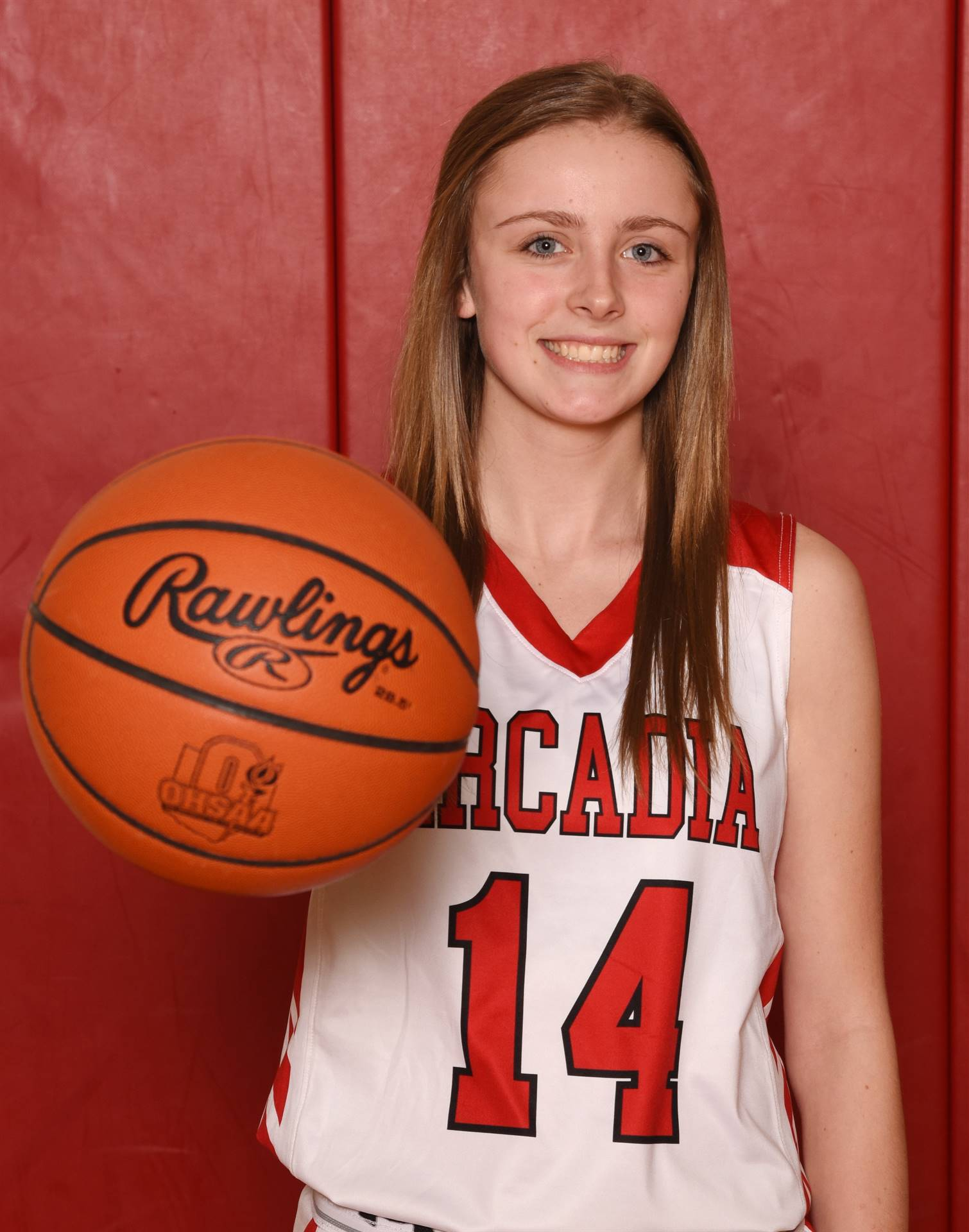 Senior Head Shot Photo - Megan Mock - Basketball