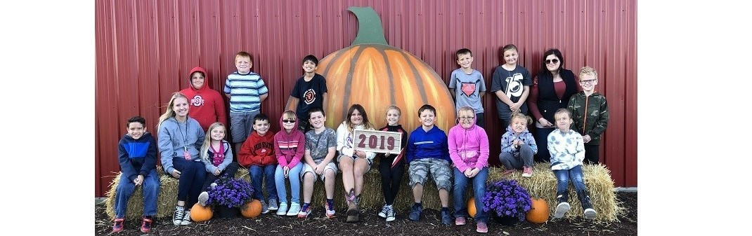 Ms. Stechschulte's 3rd Graders Enjoying The Pumpkin Patch